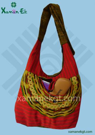 guatemalan shoulder bag handmade by xaman ek